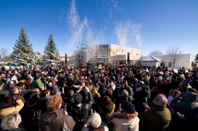 More than a thousand Scientologists and guests from across Canada and the U.S. Great Lakes region gathered to celebrate the Church of Scientology Cambridge ribbon-cutting on Saturday, February 9, 2013.