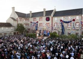 2011年1月29日、新しいサイエントロジー教会メルボルンの落成式に、2,000人を超えるサイエントロジストとゲストが参加しました。